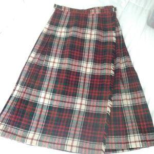 Wool of ireland plaid skirt size s